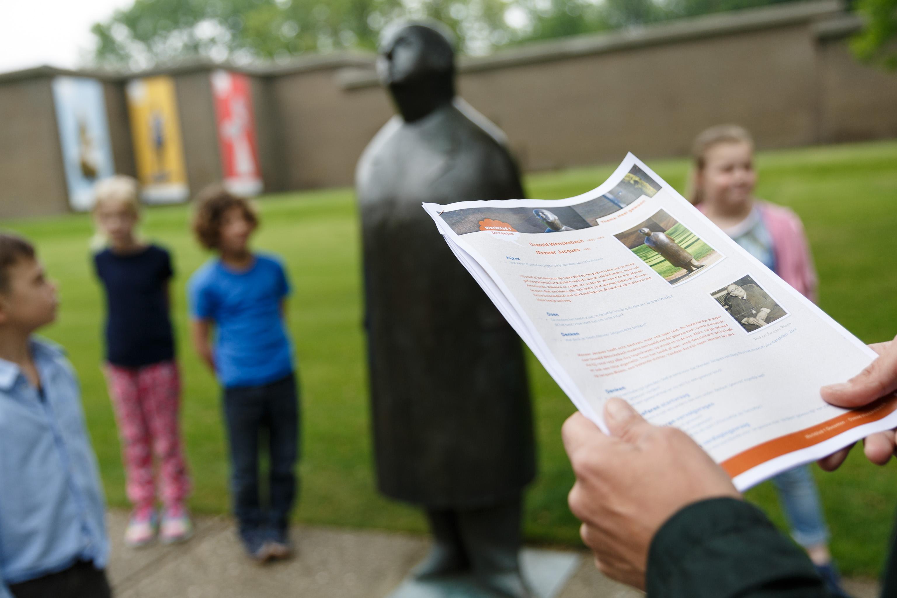 Mini-course philosophising with children