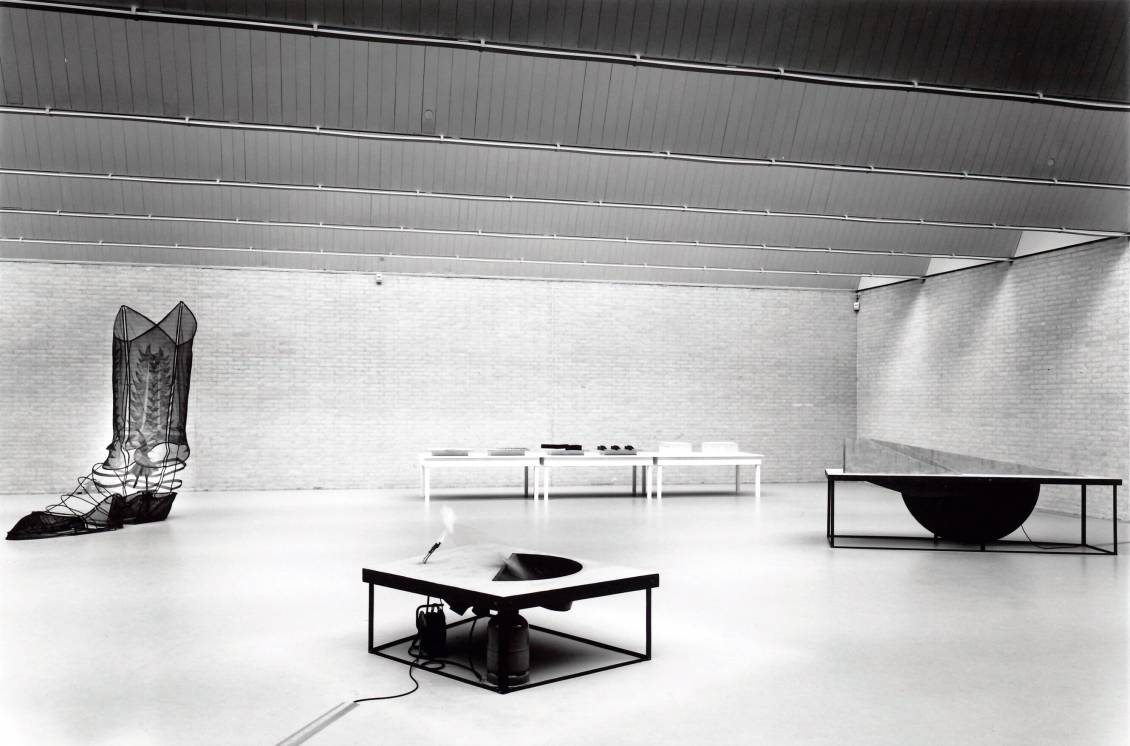 Tentoonstellingsoverzicht 'Dennis Oppenheim', 1996