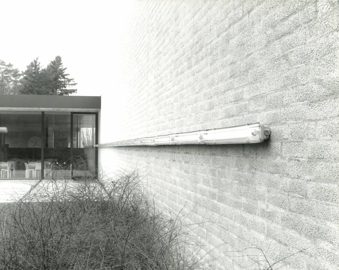 Dan Flavin, (quietly, to the memory of Mia Visser), 1977
