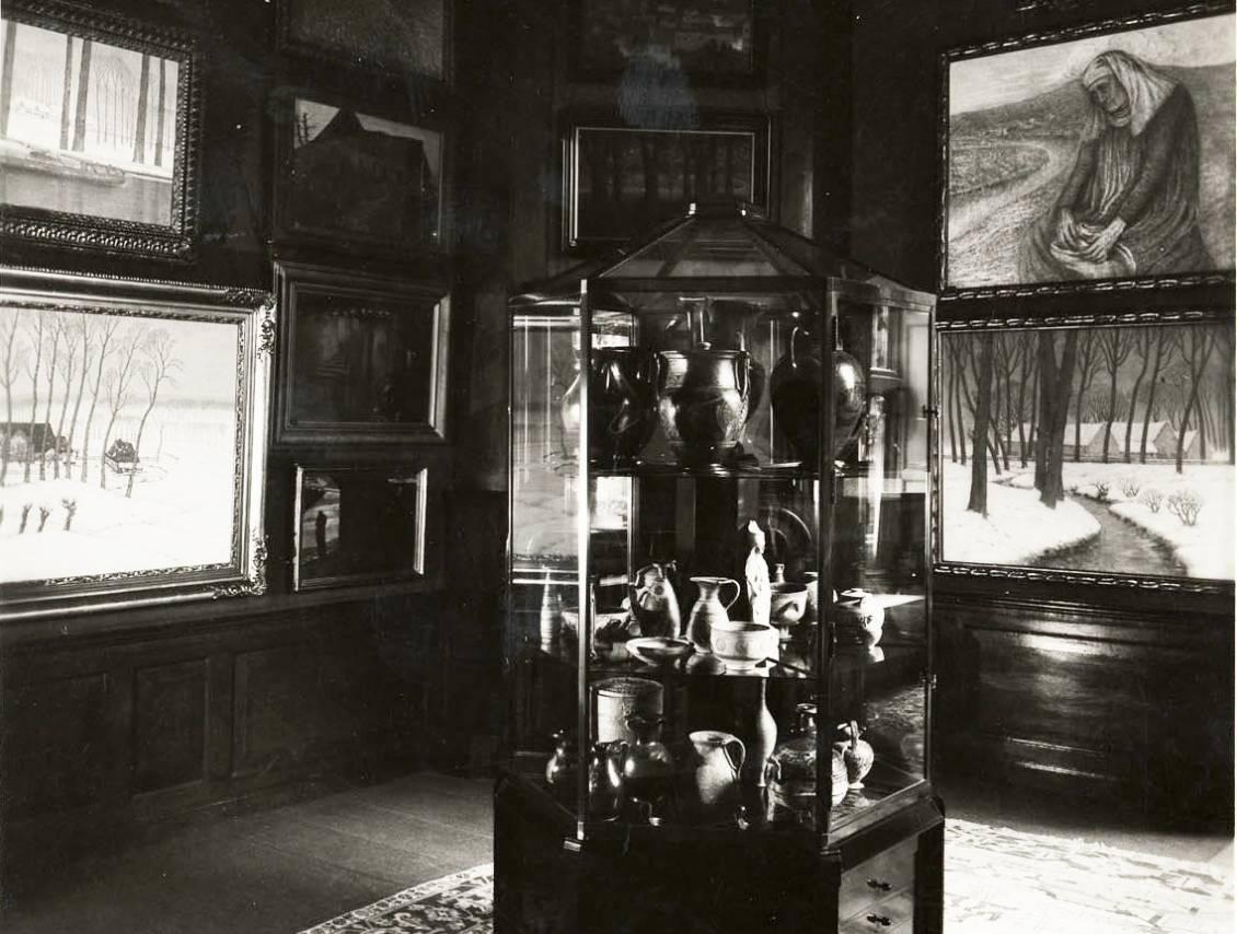 Chinees porselein en aardewerk tentoongesteld in Museum Kröller, circa 1931