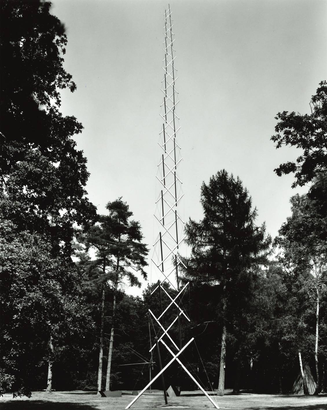 Kenneth Snelson, Needle tower, 1968
