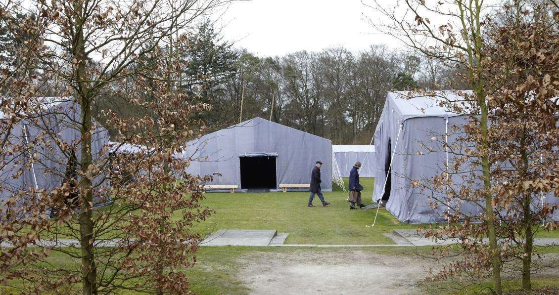 Tentencomplex op het evenemententerrein, 2012