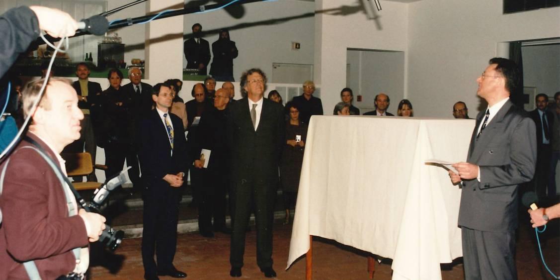 Presentatie van Brancusi's Le commencement du monde