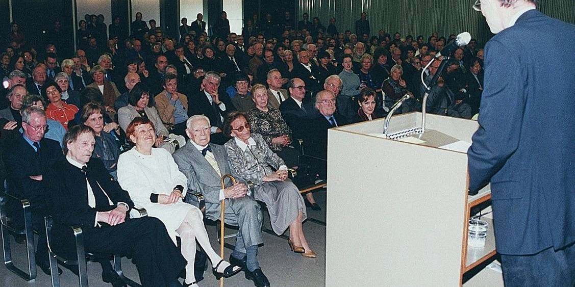 Opening 'CuZn', 2000