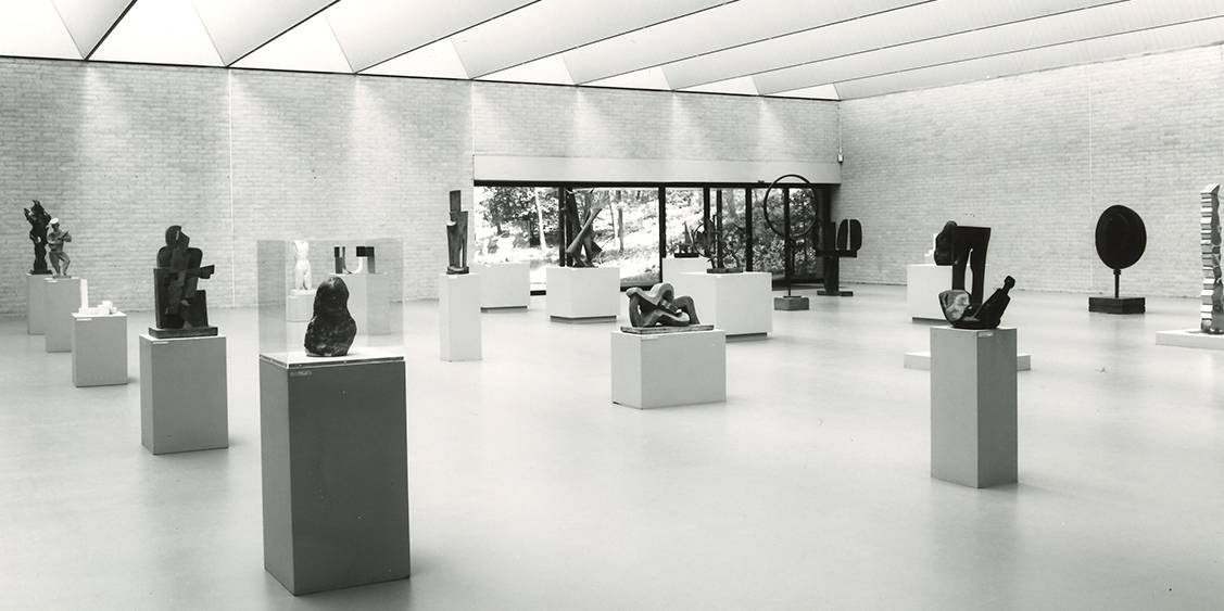 Exhibition 'The whole collection in half the museum', 1987