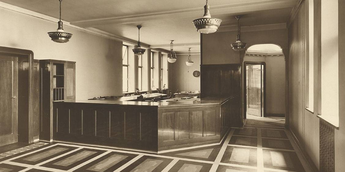 H.P. Berlage, Holland House, circa 1916