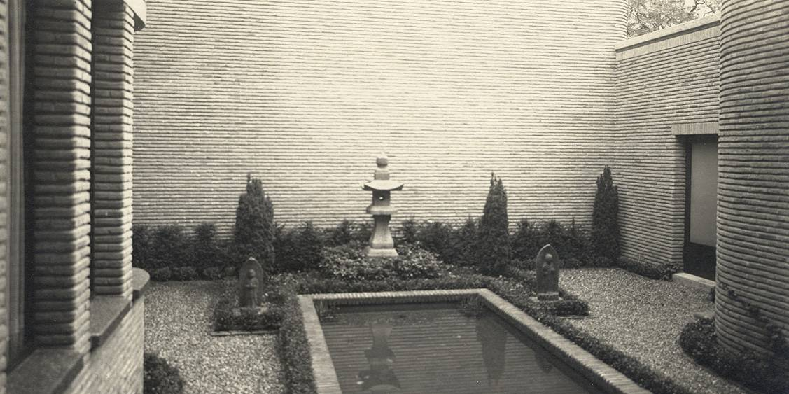 Courtyard of Groot Haesbroek designed by Henry van de Velde, 1930-31