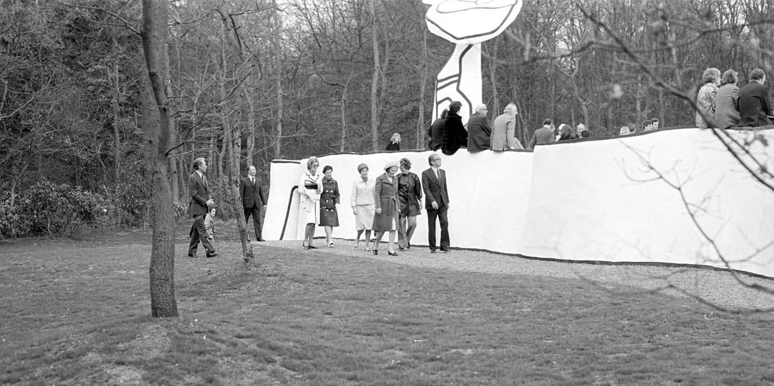Opening of Jardin d'émail by Jean Dubuffet, 3rd of May 1974